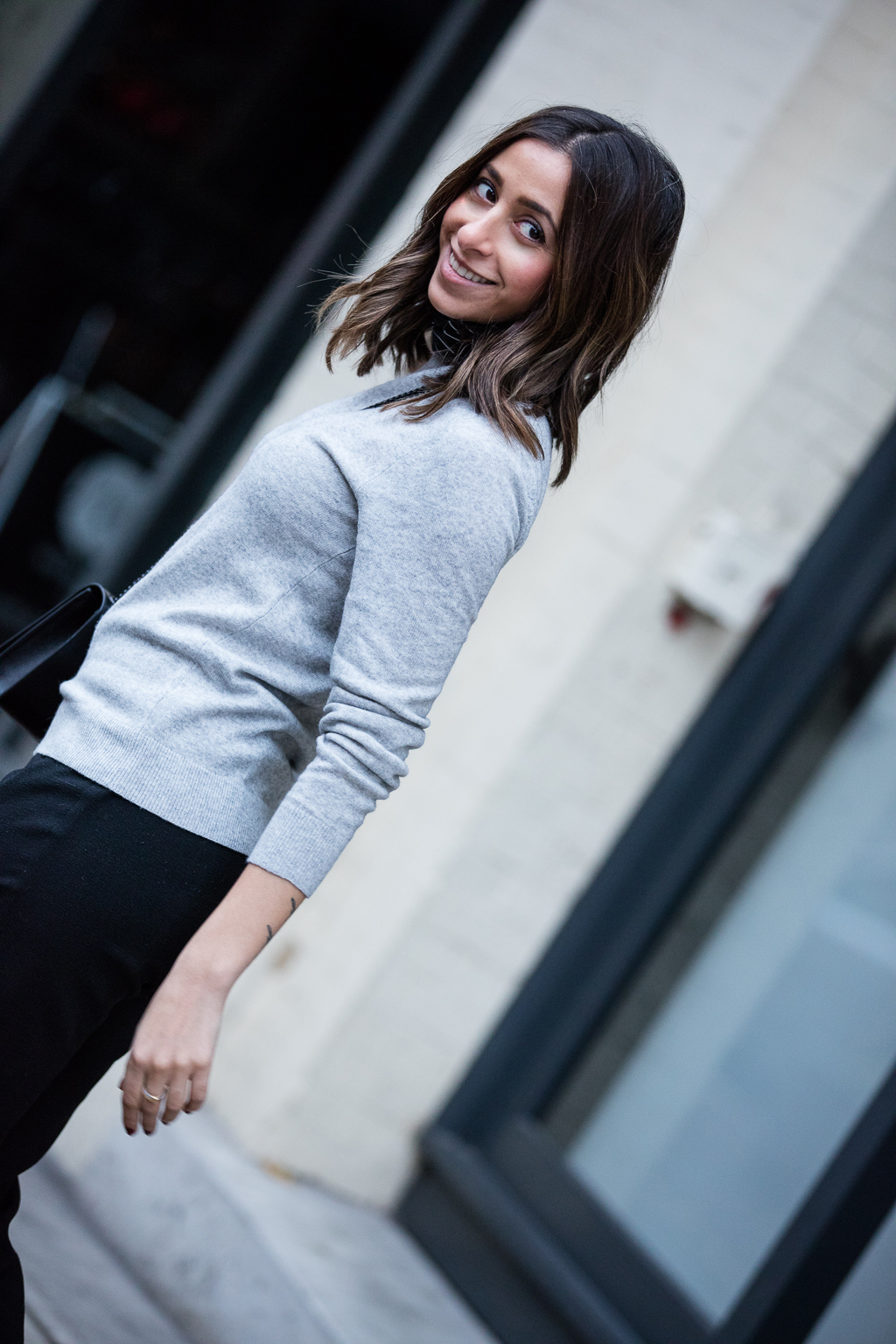grey-sweater-workwear-15-randa-salloum