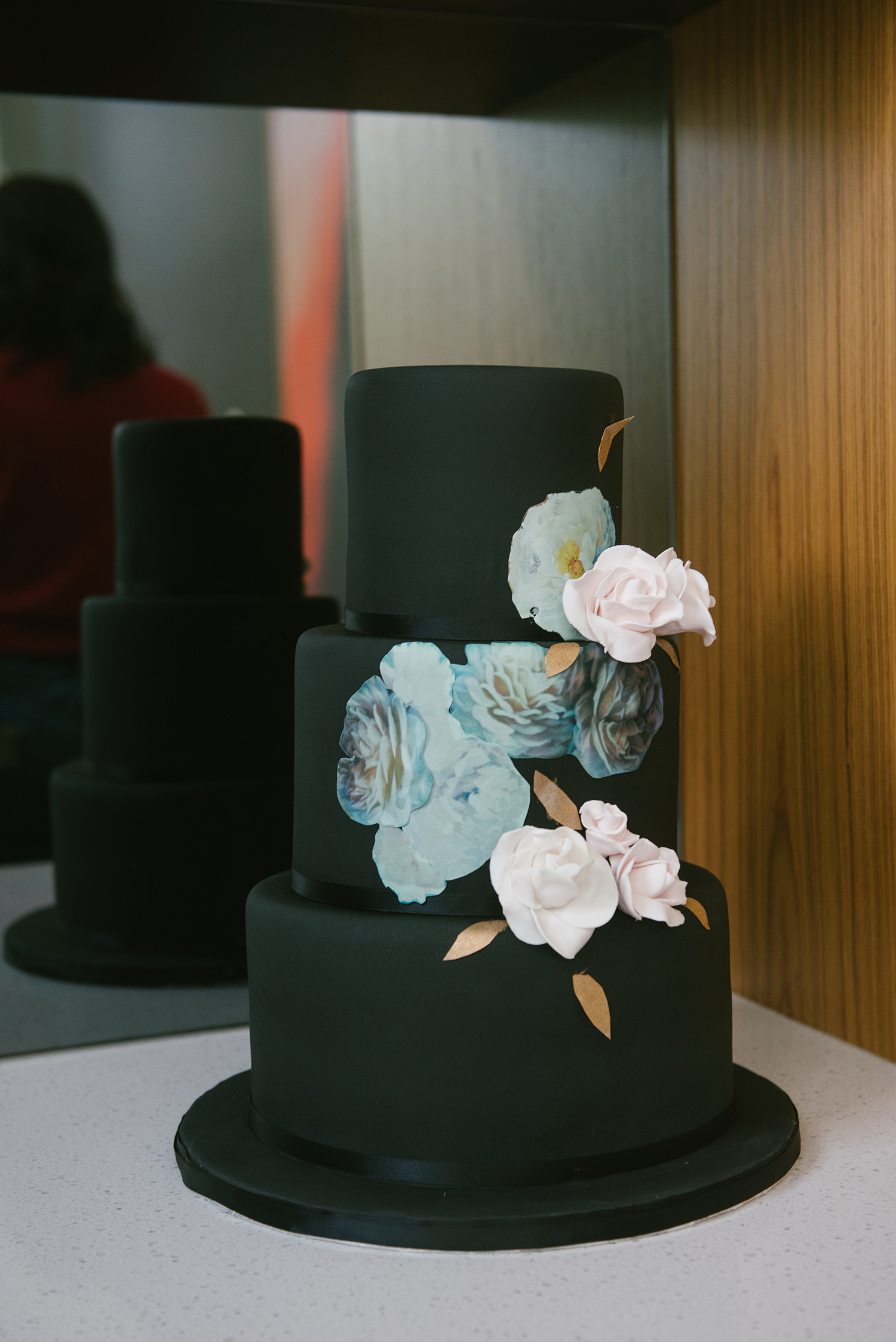 Covered In Black But Decadent Inside This 3 Tier Cake Was Made Of Vanilla Layers Caramel Buttercream Between